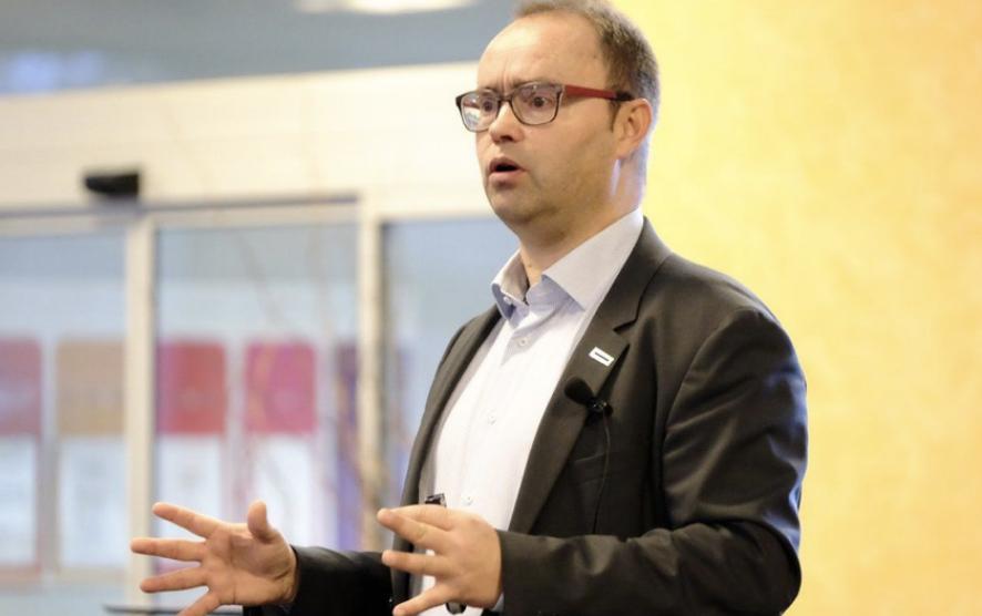 """Philippe Rase valorise l'écosystème grenoblois dans le nouveau livre """"Je lance ma start-up"""""""
